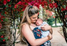5 Reasons Why Every Mom Should Buy Nursing Clothes