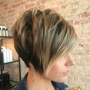 Tapered Pixie with Messy Layers